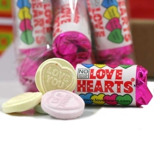 Mini <em>Love</em> Hearts